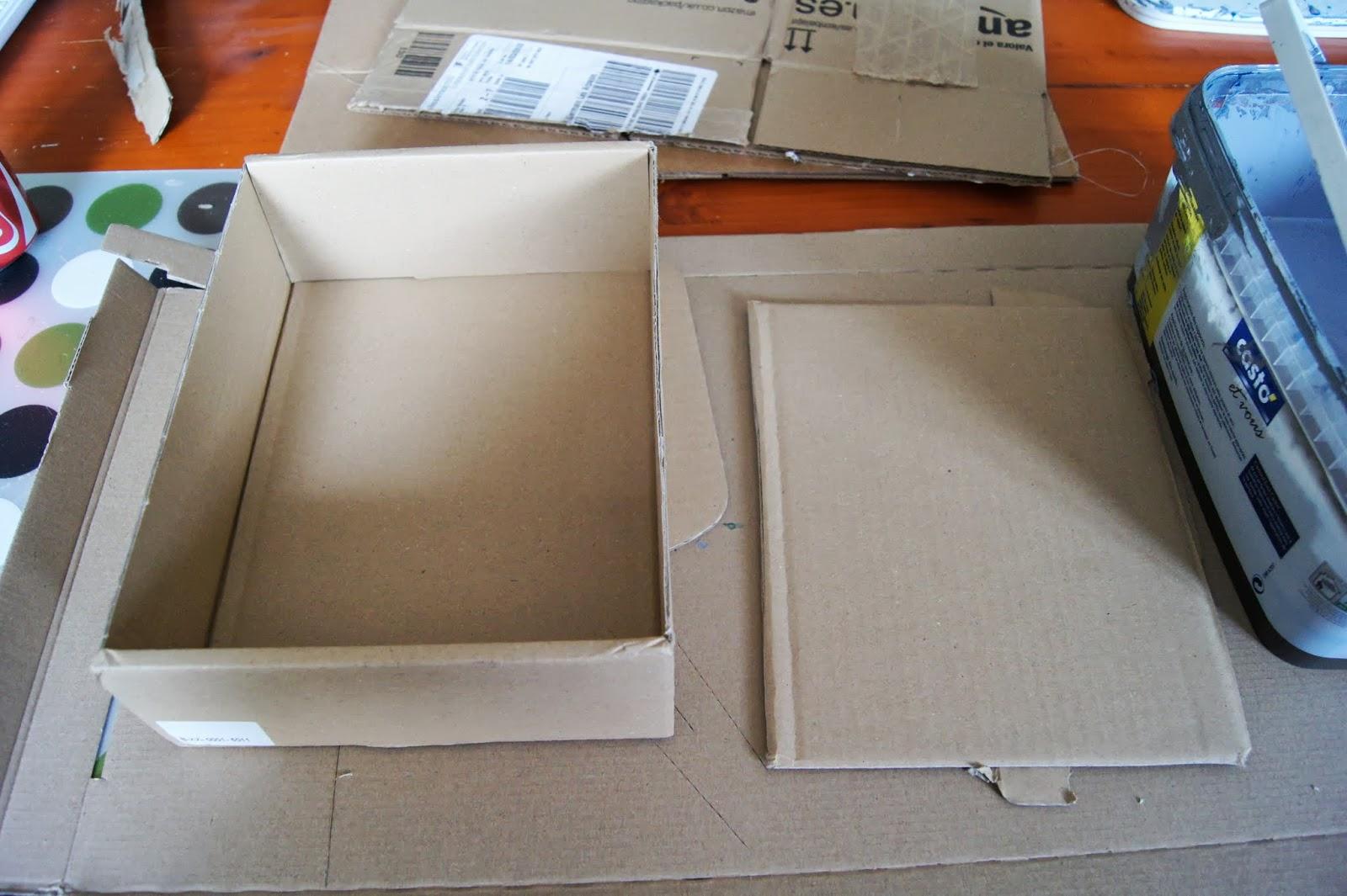 carnet diy une boite rangement pour bureau le carnet d 39 emma. Black Bedroom Furniture Sets. Home Design Ideas