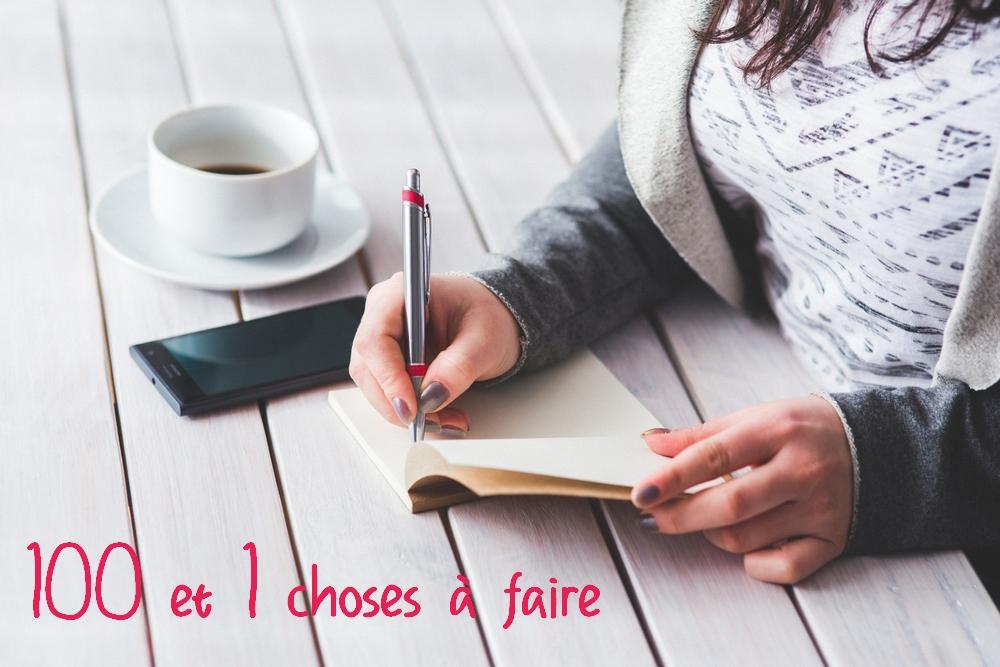 femme-écrire-stylo-cahier-noter-images-photos-gratuites-1560x1040