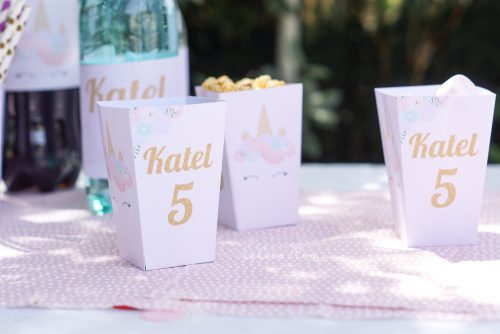 Anniversaire thème Licorne Décoration, tenue, look, gâteau