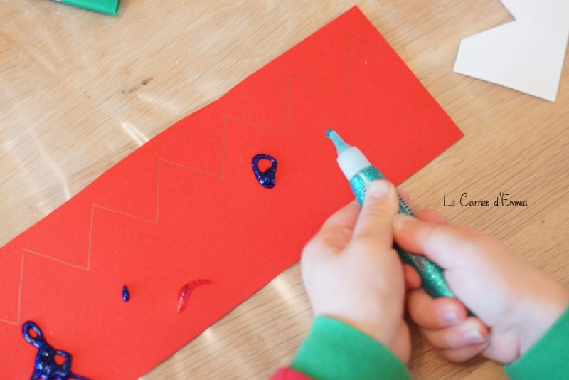 DIY couronne pour la galette des rois Activité manuelle à faire avec les enfants à partir de 2 ans Avec mes dix doigts